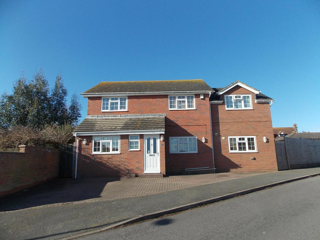 4 Bedrooms Detached House for sale in The Ridings, Telscombe Cliffs, East Sussex