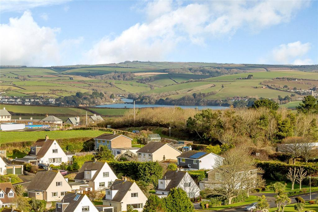 3 Bedrooms Detached House for sale in Main Road, Salcombe, Devon
