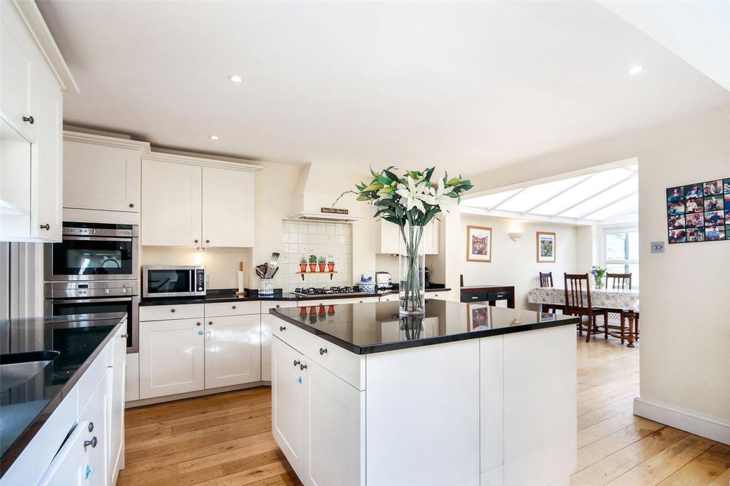 5 Bedrooms Terraced House for sale in Fernhurst Road, London