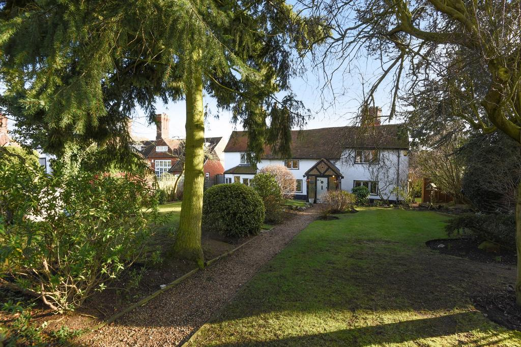 4 Bedrooms House for sale in High Street, Epping, CM16