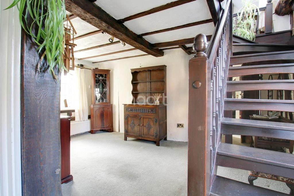 3 Bedrooms Detached House for sale in The Old Timber Cottage, Norton Green, Stevenage