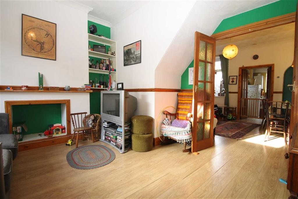 2 Bedrooms Terraced House for sale in Cyfarthfa Street, Cardiff