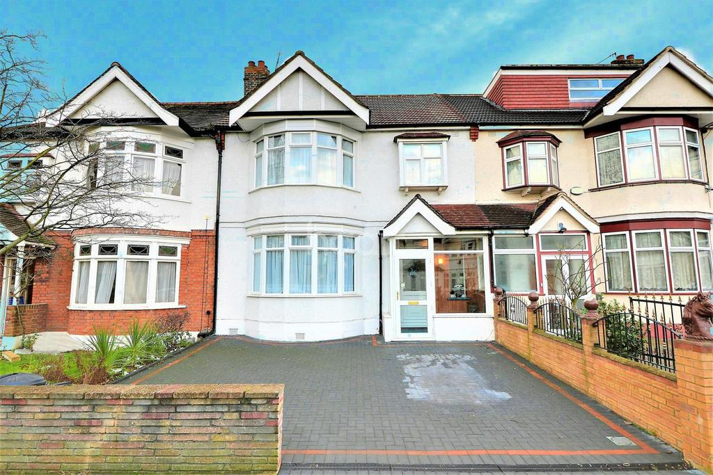 3 Bedrooms Terraced House for sale in Cranbrook Rise, Ilford, Essex