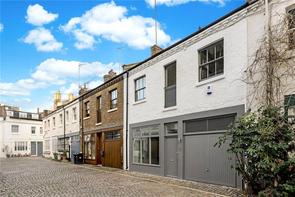 3 Bedrooms Mews House for sale in Lancaster Mews, Bayswater, London, W2