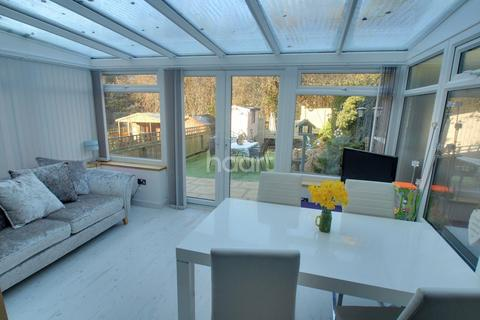 3 bedroom semi-detached house for sale - Palmerston Drive