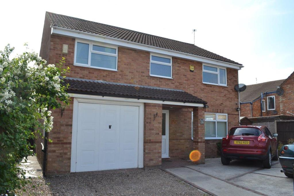 4 Bedrooms Detached House for sale in Hotspur Road, Gainsborough, Lincolnshire, DN21