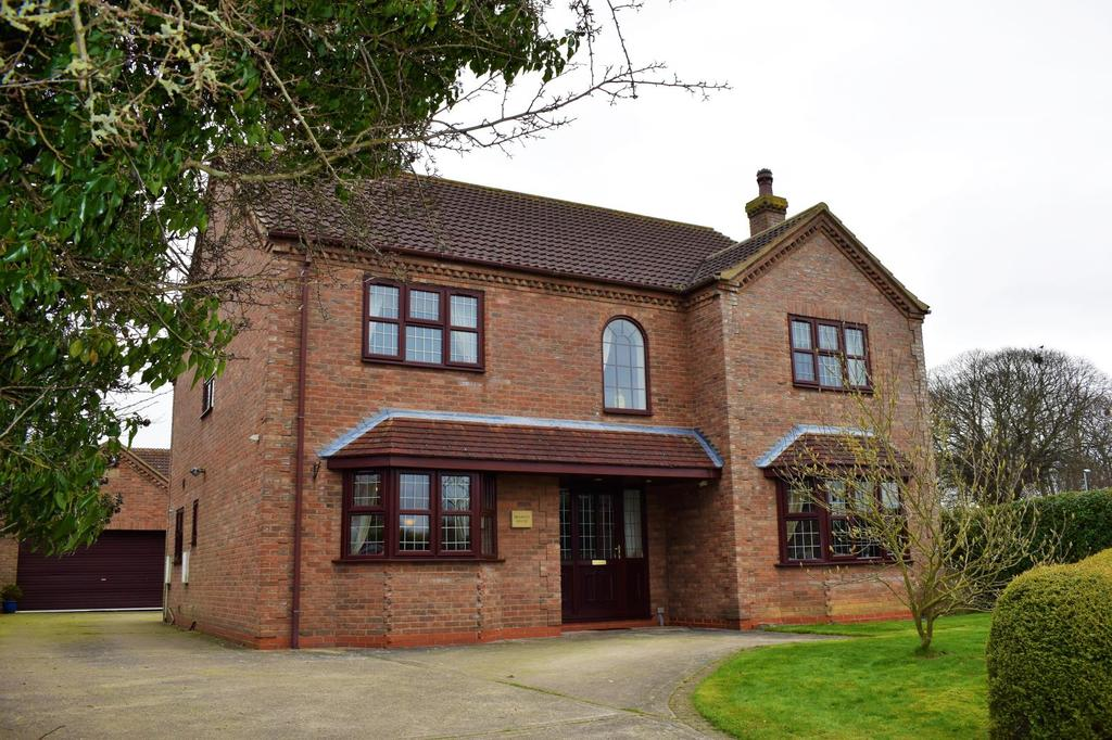 5 Bedrooms Detached House for sale in Barnside, Hibaldstow, North Lincolnshire, DN20