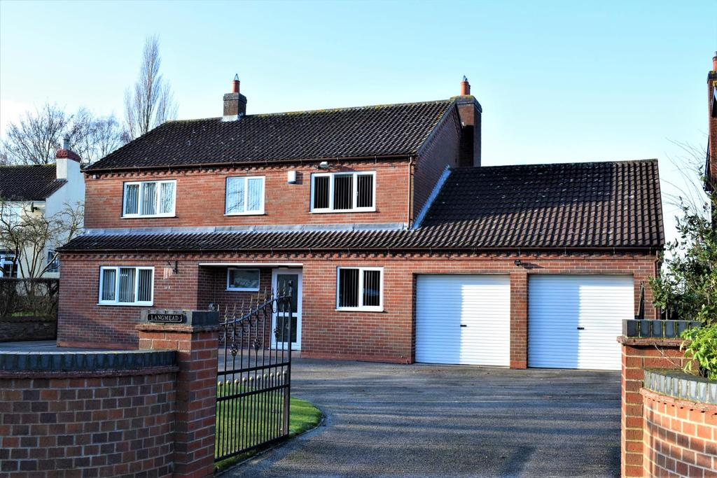 4 Bedrooms Detached House for sale in West Street, North Kelsey, Market Rasen, Lincolnshire, LN7