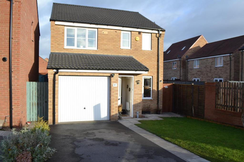 3 Bedrooms Detached House for sale in Dunlin Drive, Scunthorpe, North Lincolnshire, DN16