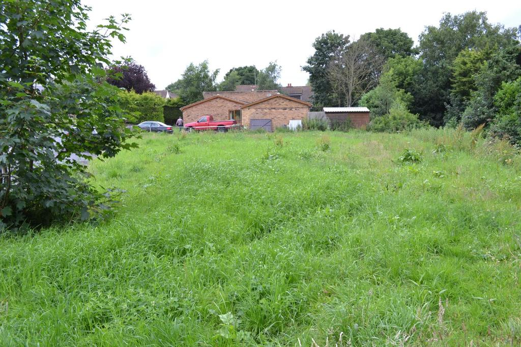 Land Commercial for sale in Lindholme, Scotter, Gainsborough, Lincolnshire, DN21