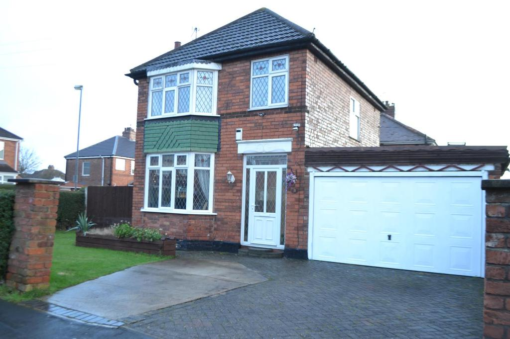 3 Bedrooms Detached House for sale in Lincoln Gardens, Scunthorpe, North Lincolnshire, DN16