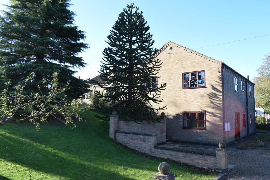 4 Bedrooms Detached Bungalow for sale in Burnside, Broughton, Brigg, Lincolnshire, DN20
