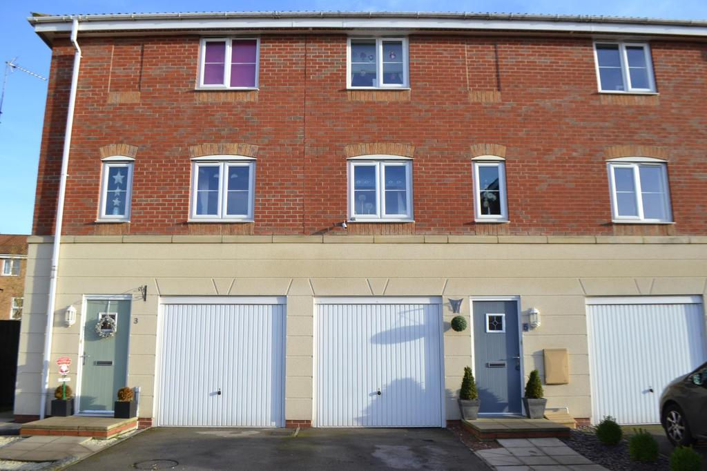3 Bedrooms House for sale in Avocet Mews, Scunthorpe, North Lincolnshire, DN16