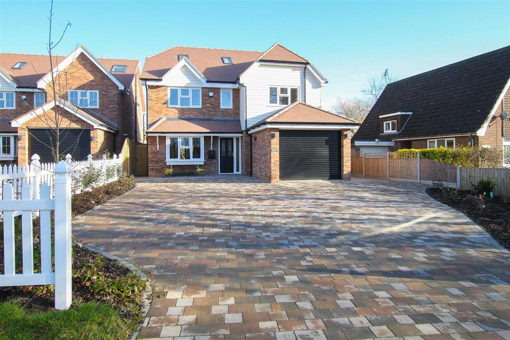 5 Bedrooms House for sale in Wyatts Green Road, Wyatts Green, Brentwood