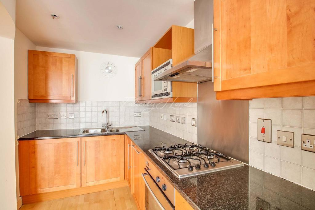 1 Bedroom Flat for sale in Florin Court, Tanner Street, SE1