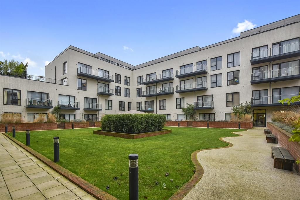 3 Bedrooms Apartment Flat for sale in The Lexington, NW11