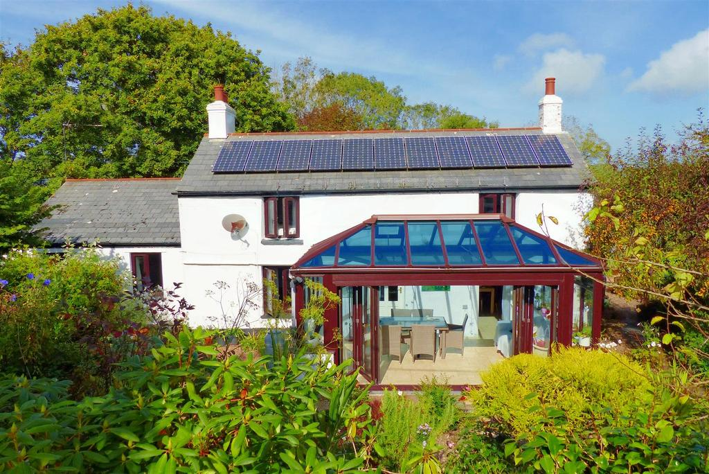 4 Bedrooms Cottage House for sale in Allet, Truro