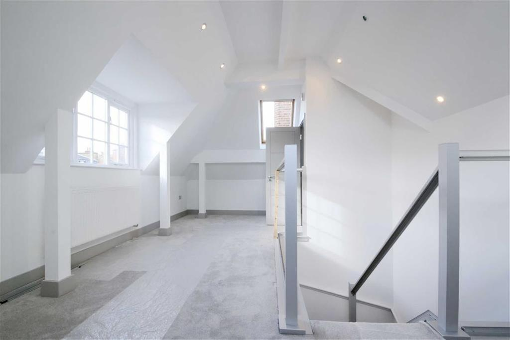 2 Bedrooms Flat for sale in Walters Yard, Bromley, Kent