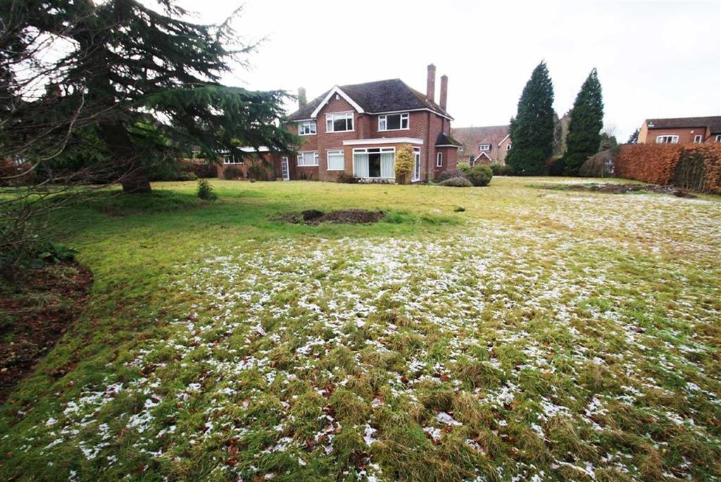6 Bedrooms Detached House for sale in Fletsand Road, Wilmslow