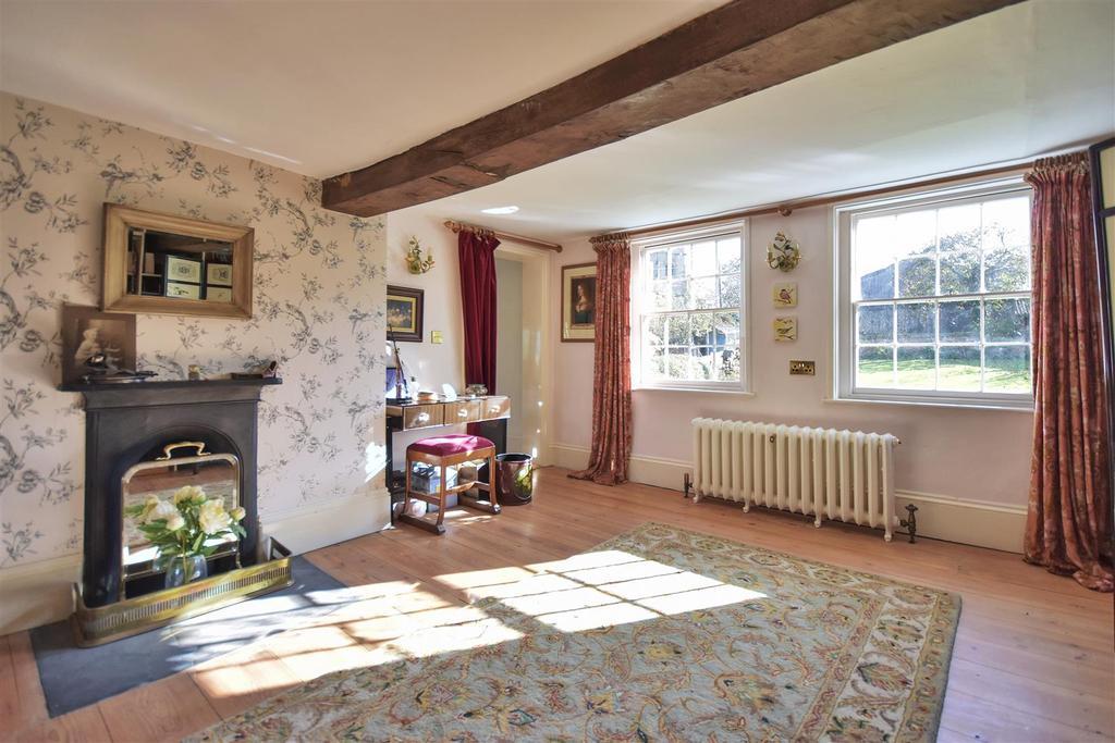 Hall Farm Dressing Room Bed1.jpg