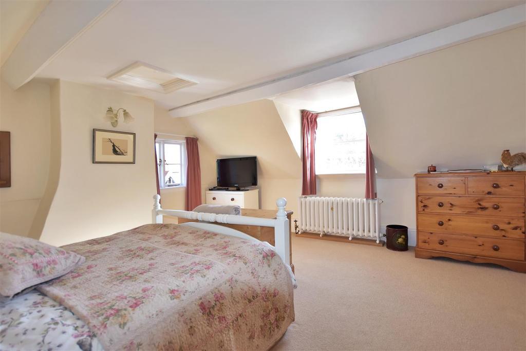 Hall Farm Bed3.jpg