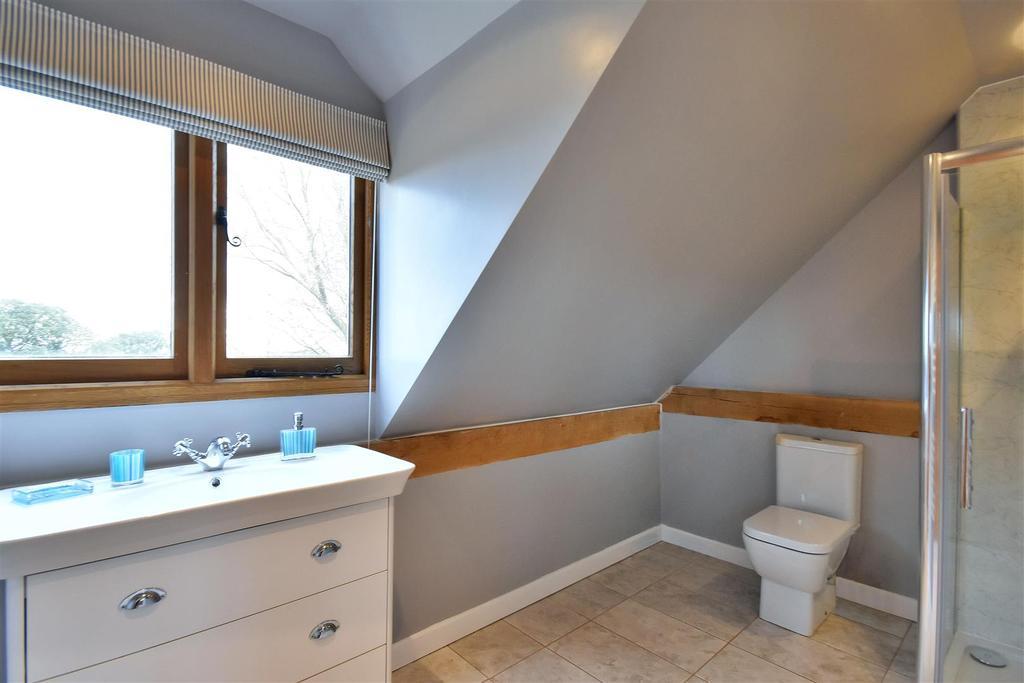 Annex Bathroom.jpg