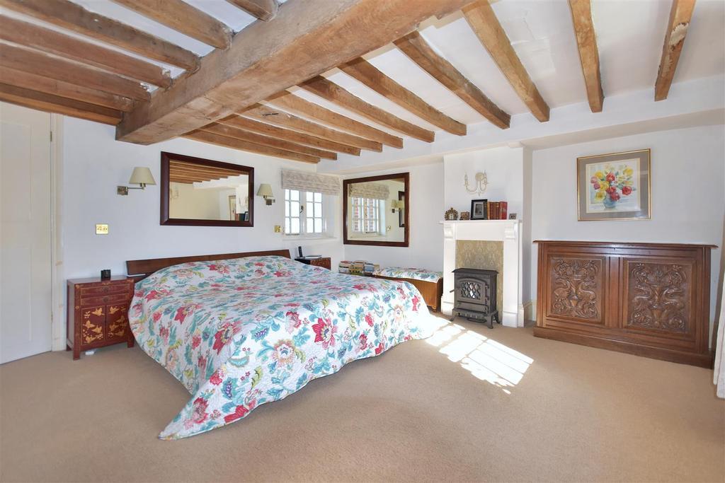 Hall Farm Bed1.jpg