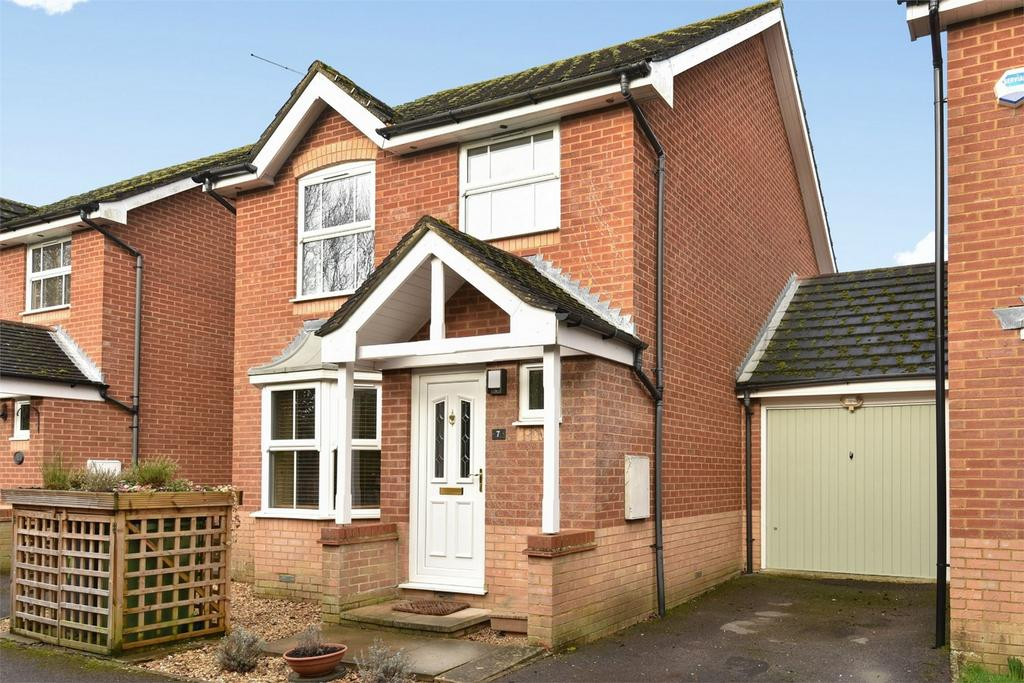 3 Bedrooms Link Detached House for sale in Colden Common, Winchester, Hampshire