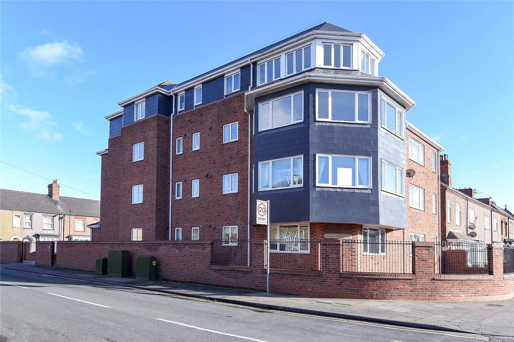 2 Bedrooms Flat for sale in Chapman Woods Court, Cleethorpes, DN35