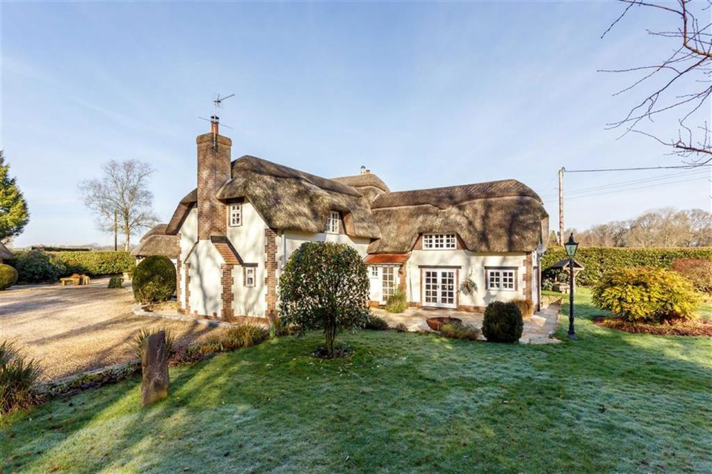 4 Bedrooms Detached House for sale in Gods Blessing Lane, Wimborne, Dorset