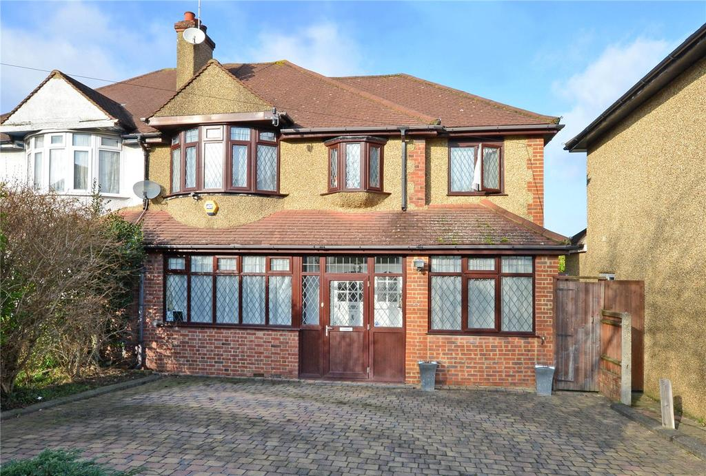 4 Bedrooms Semi Detached House for sale in East Drive, Carshalton, SM5