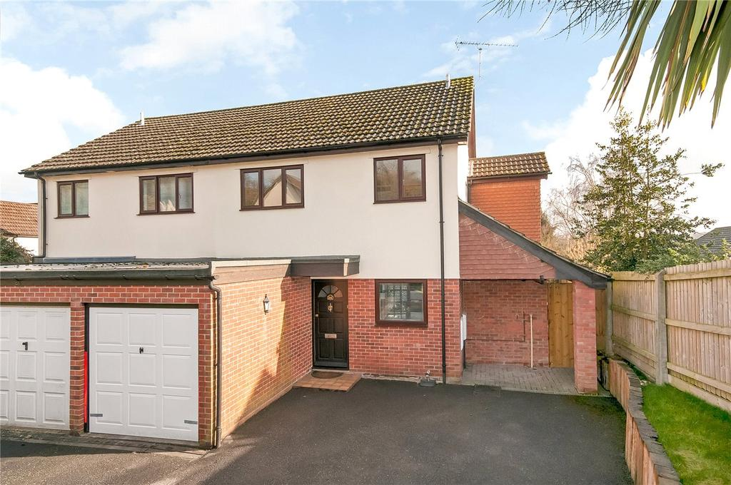 4 Bedrooms Semi Detached House for sale in Cundell Way, Kings Worthy, Winchester, Hampshire, SO23