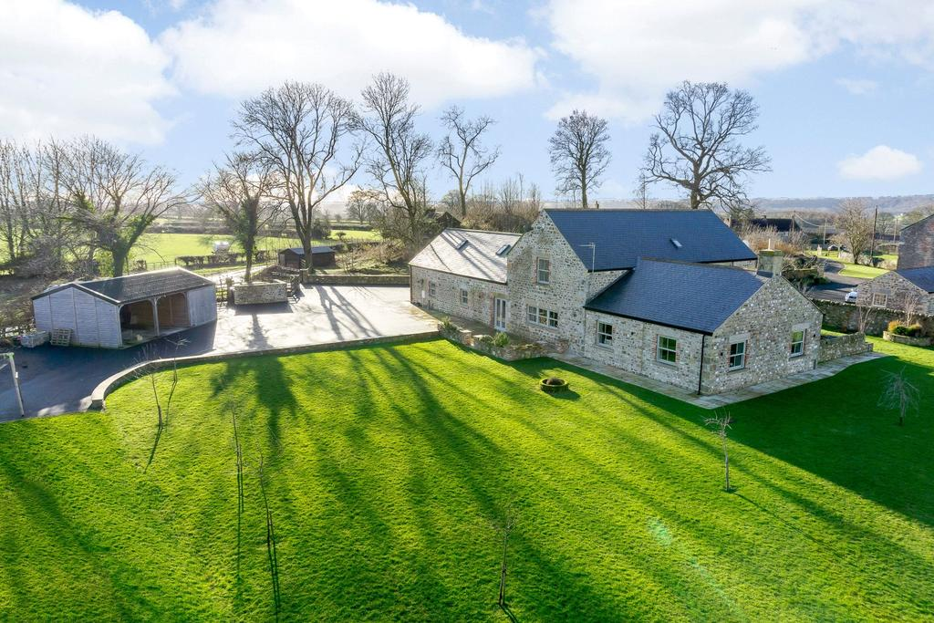5 Bedrooms Detached House for sale in Binsoe, Masham, Ripon, North Yorkshire