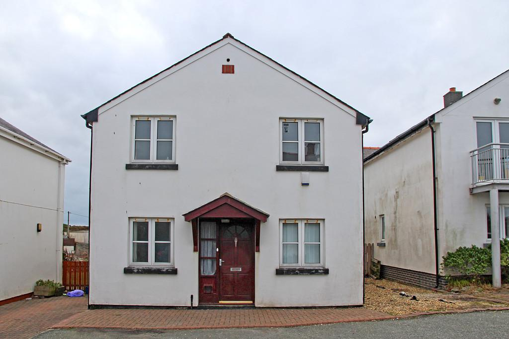 3 Bedrooms Detached House for sale in Traeth Atsain, Trearddur Bay, North Wales