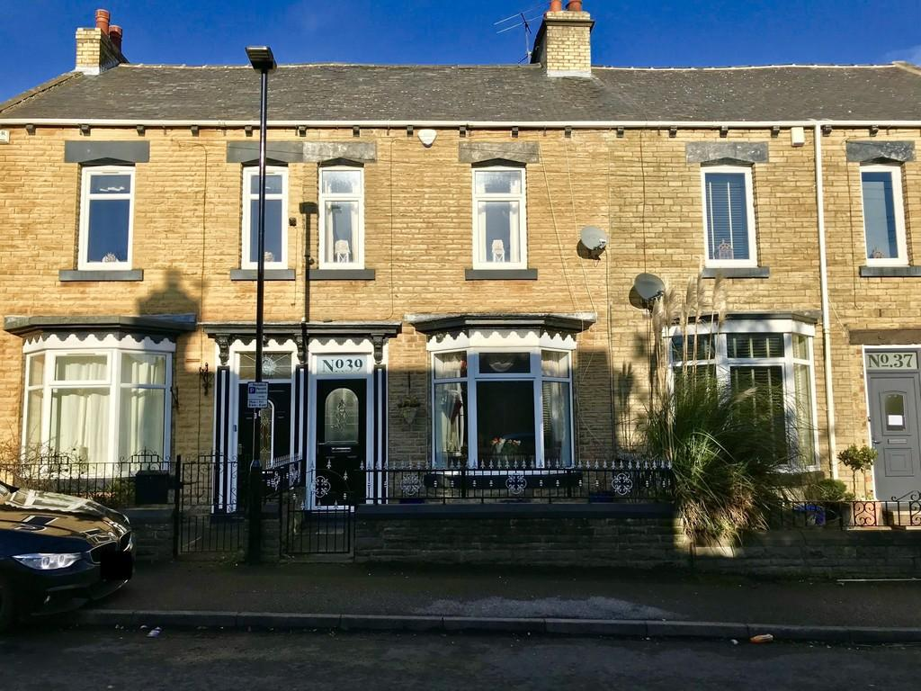 3 Bedrooms Terraced House for sale in Western Street, Barnsley S70