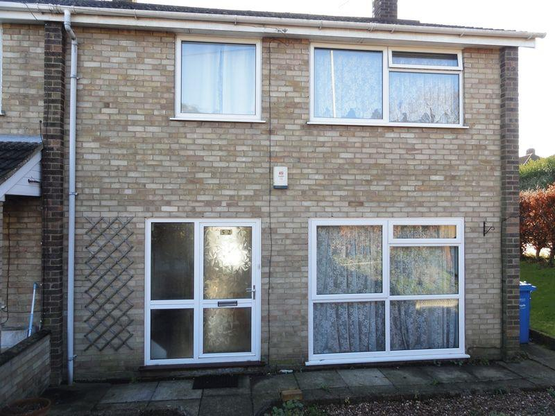 3 Bedrooms Terraced House for sale in Marlpit Lane, Norwich.