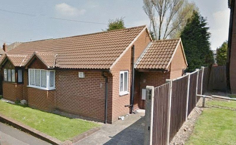 1 Bedroom Semi Detached Bungalow for sale in Mill Street, Willenhall
