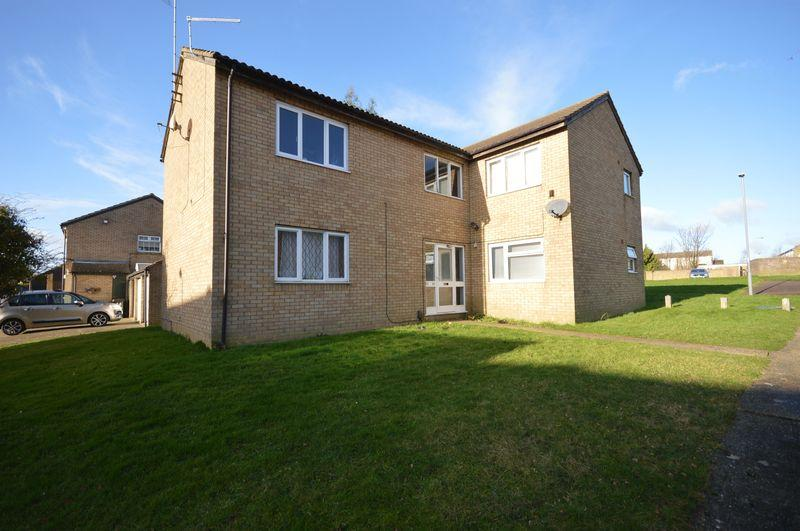 Studio Flat for sale in Repton Close, Luton