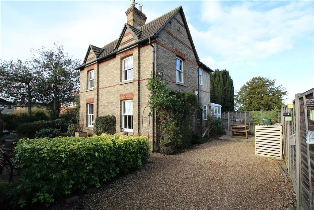 3 Bedrooms Detached House for sale in Drove Road, Biggleswade, SG18
