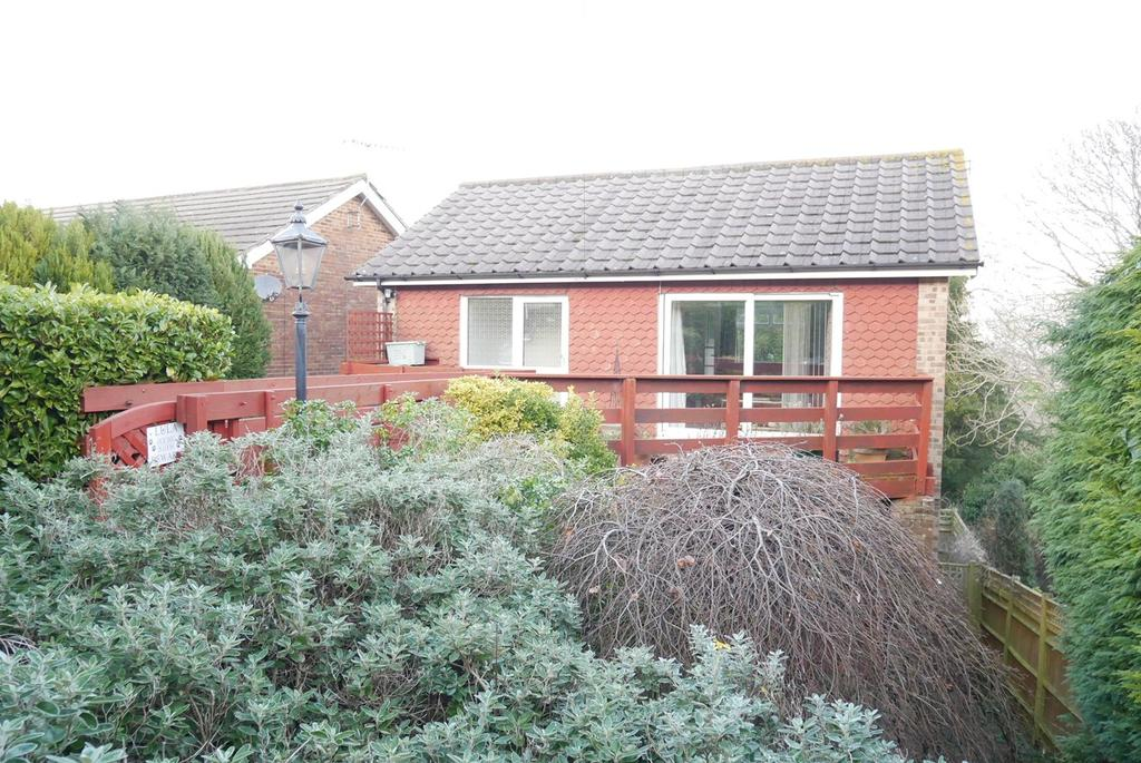 4 Bedrooms Detached House for sale in Old Mansion Close, Ratton, Eastbourne, BN20