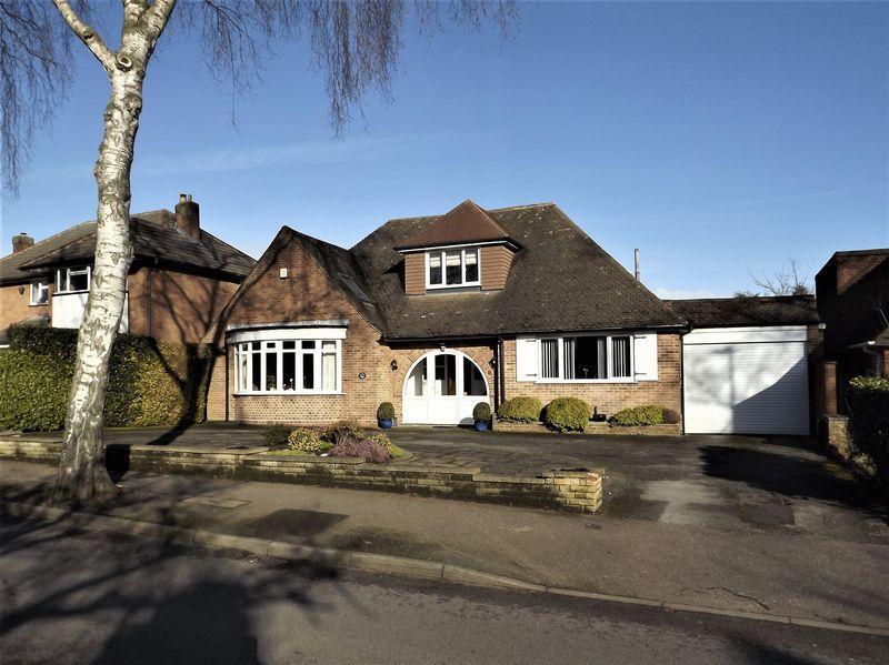 4 Bedrooms Detached Bungalow for sale in Halton Road, Boldmere, Sutton Coldfield