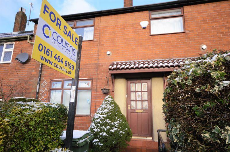 3 Bedrooms Terraced House for sale in Marland Fold Lane, Oldham