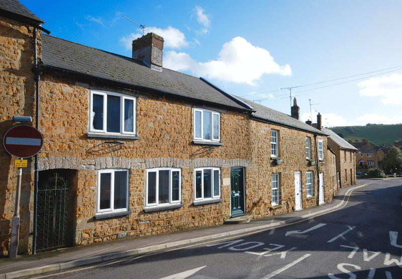 3 Bedrooms Unique Property for sale in Lower Woodcock Street, Castle Cary