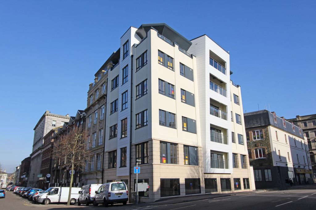Cadogan House West Bute Street Cardiff Bay 2 Bed