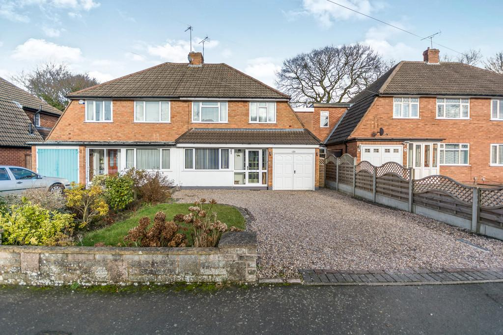 4 Bedrooms Semi Detached House for sale in St Gerards Road , Solihull