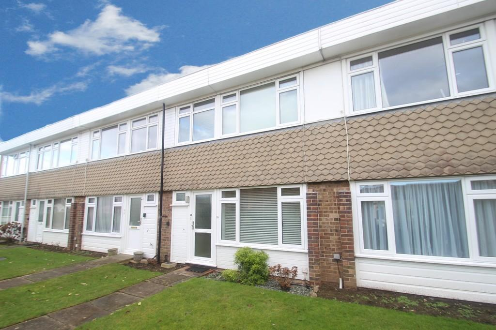 2 Bedrooms Terraced House for sale in Fittleworth Garden, Rustington