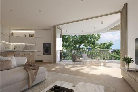 4 bedroom apartment  - 4-6 McKye Street, WAVERTON, NSW 2060