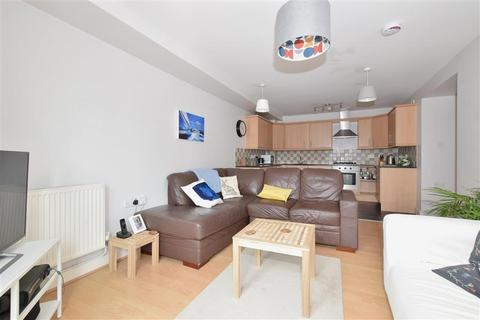 2 bedroom flat for sale - Kings Road, Southsea, Hampshire