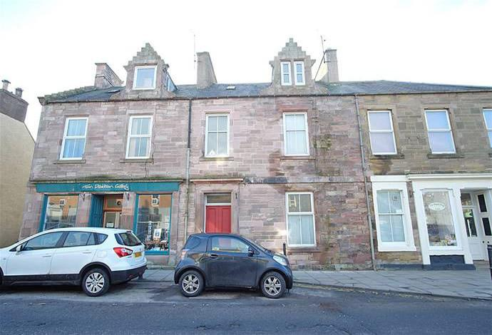 5 Bedrooms Terraced House for sale in Mayfield High Street, Earlston, TD4 6BU