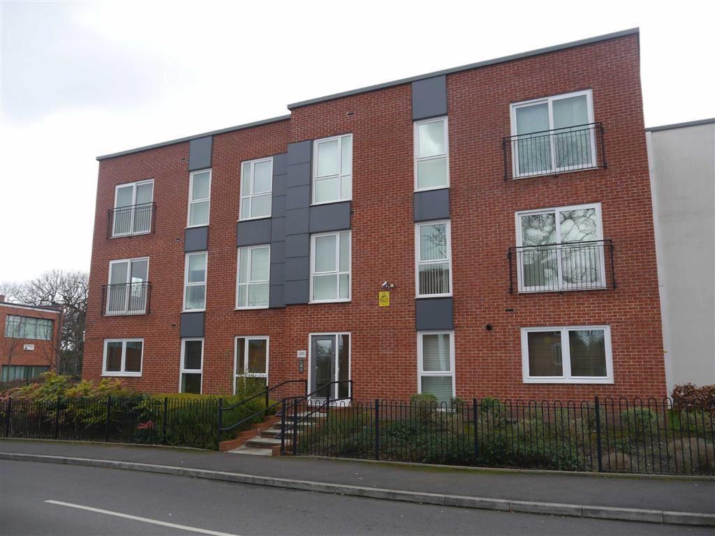 2 Bedrooms Apartment Flat for rent in Sheen Gardens, HEALD GREEN